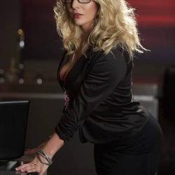secretary 4